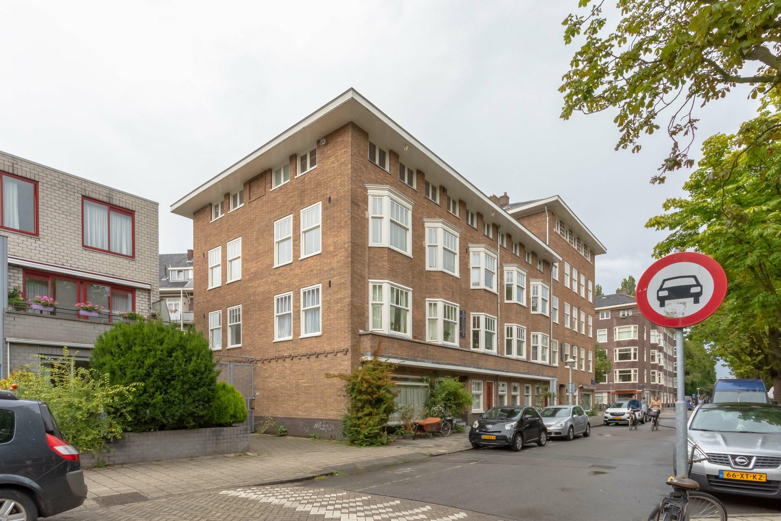 Uiterwaardenstraat, Amsterdam – Amsterdam-Zuid