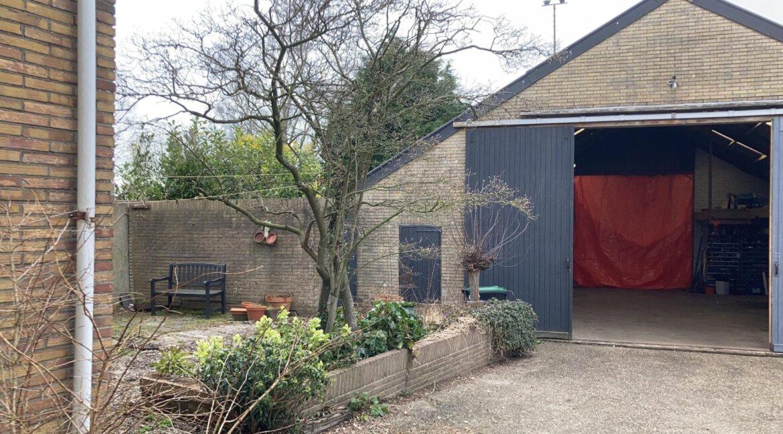 garage en tuin
